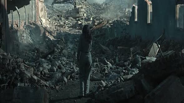 Hry o život Síla vzdoru 1  část   The Hunger Games Mockingjay Part 1   2014 BRrip CZdabing avi