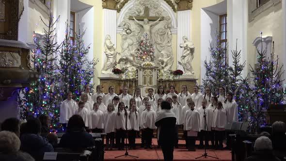 Vanocni koncert Zidlochovice 2018 mp4