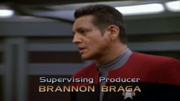 Star Trek Voyager S03E25 Krizový scénář mkv