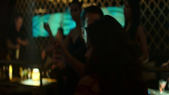 Přes hranici   Miss Bala 2019 [1080p BluRay x264 AAC] EN CZ dabing mkv
