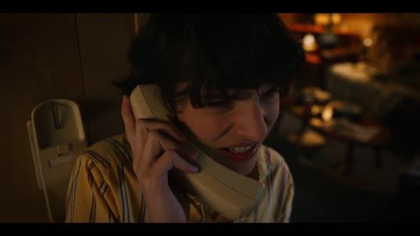 Stranger Things S03E02 1080p CZ K0F0LA mkv