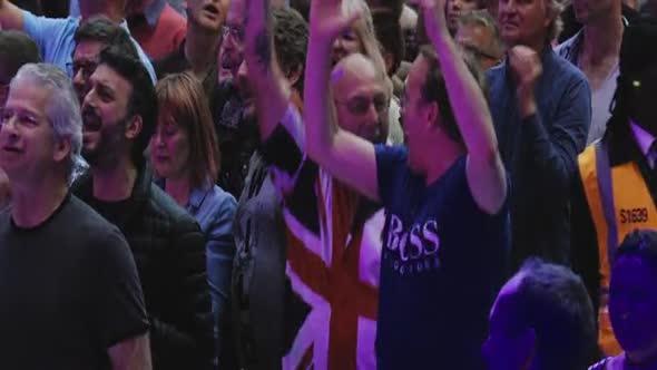 Jeff Lynnes ELO Wembley or Bust 2017 WEBRip x264 ION10 mp4