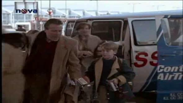 Sám doma 2 Ztracen v New Yorku   Home Alone 2 Lost in New York (1992) avi