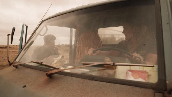Preacher S04E02 Last Supper 1080p AMZN WEB DL DDP5 1 H 264 NTG cz tit mkv