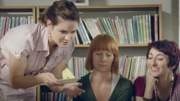 Hodinový manžel česká komedie 2014 avi