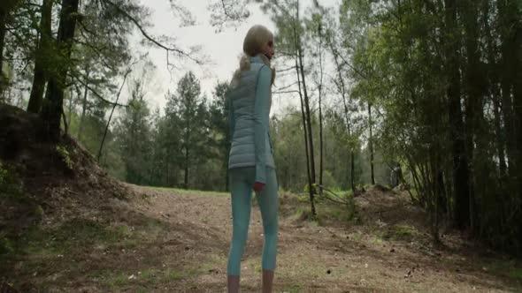 The Hunt   [Lov] (2020) NOVINKA Akční Thriller Sci Fi WEB 1080p AC3  CZ titulky v obraze mkv