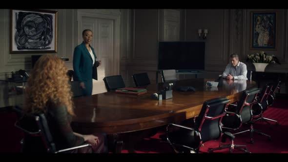 Mělas to vědět (2020) S01E05 (HEVC) 720p CZ titulky mkv