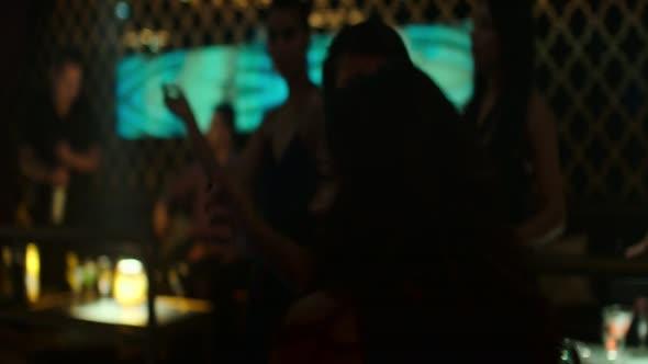Pres hranici Miss Bala 2019 Cz Dabing 720p BluRay mkv