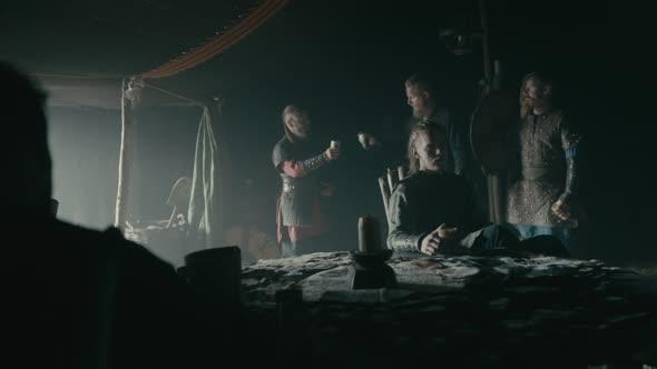 Vikings S05E01 The Departed 1 1080p AMZN WEB DL DDP5 1 H 264 NTb mkv