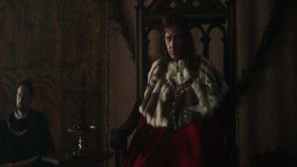 Král The King Drama  Historický  Životopisný  Romantický  Válečný Velká Británie  Maďarsko  Austrálie, 2019, 133 min 1080p CZ Dabing mkv